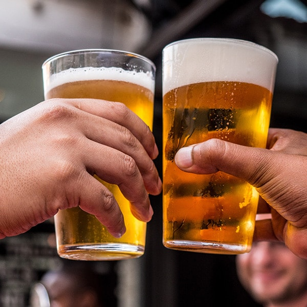 BENEFITS OF MODERATE ALCOHOL CONSUMPTION